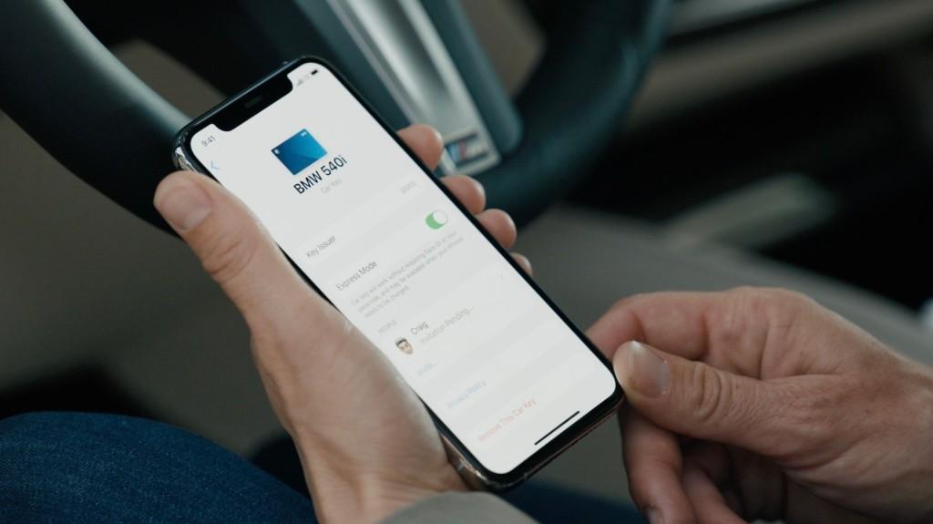 iOS14-CarPlay