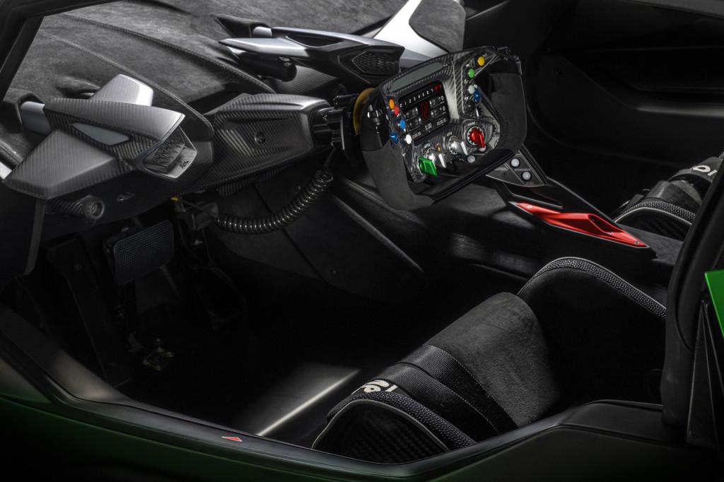 Essenza-SCV12-Steering-Wheel