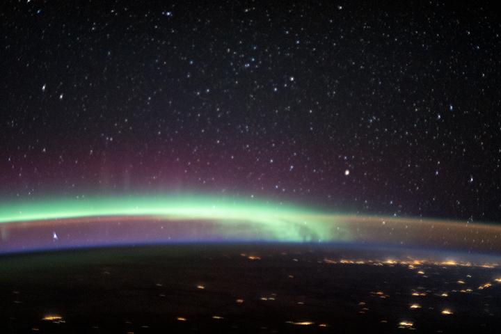 Aurora-Airglow